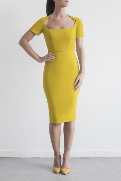 FIGURE-HUGGING CREPE DRESS