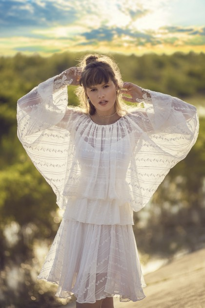 BUTTERFLY SLEEVED LACE SILK CHIFFON BLOUSE